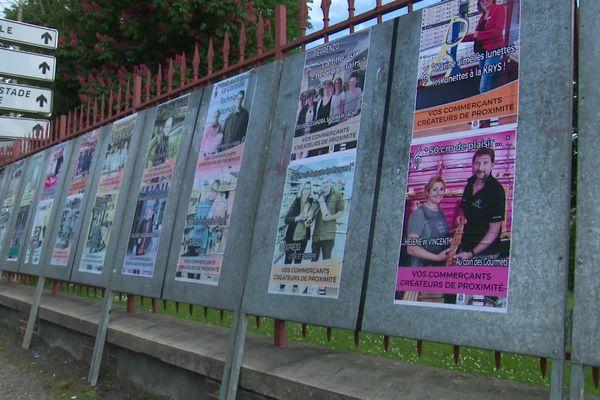 """Les """"affiches électorales"""" des commerçants de Bernay"""