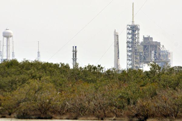La fusée Falcon 9, de la société Space X.
