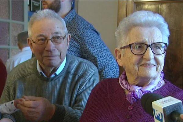 Mireille et André Garnier, qui sont mariés depuis 70 ans, ont fêté leurs noces de platine en famille en Saône-et-Loire