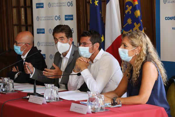 Conférence de presse du CRT -Côte d'Azur avec de gauche à droite : Éric Ciotti, Charles-Ange Ginésy, David Lisnard et Claire Behar.