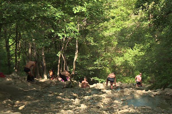 Les sources d'eau chaude catalanes sont très prisées des touristes.