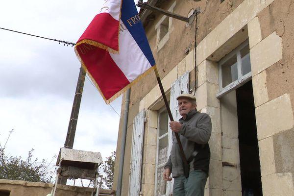 Jean Granier, porte-drapeau depuis 31 ans