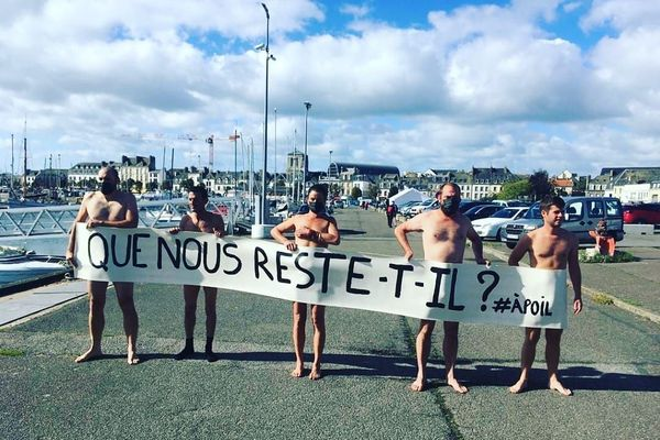 Les pêcheurs mobilisés à Concarneau en septembre 2020, contre un chalutier