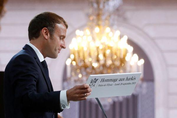 Emmanuel Macron lors de la cérémonie d'hommage aux harkis à l'Elysée le 20 septembre 2021.