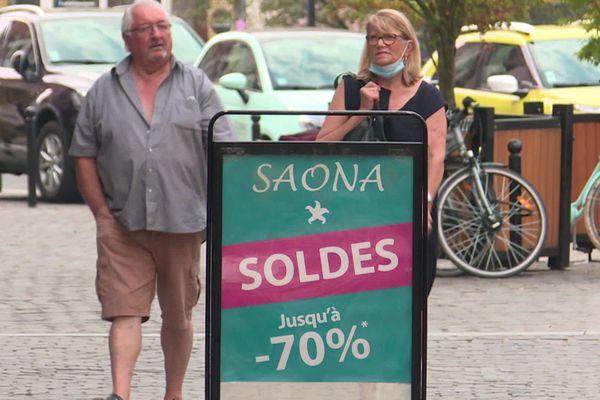 Covid-19 : à Valenciennes, les commerçants dressent un bilan mitigé des soldes mais estiment avoir évité le pire.