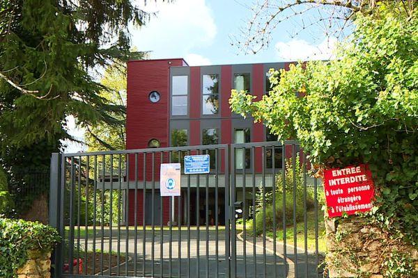 L'école supérieure de management hôtelier poussé à la quarantaine par la contamination d'une trentaine de ses étudiants