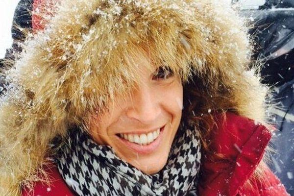 """Marise-Sophie Lacarrau lors de l'enregistrement de la nouvelle émission """"In Situ"""" sur le domaine des 3 Vallées"""
