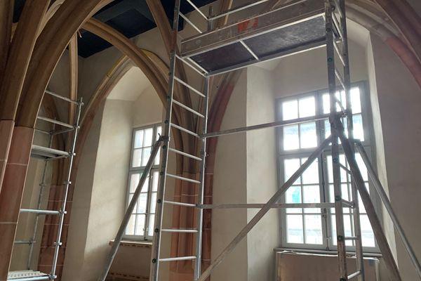 La pièce a été découverte par hasard pendant le chantier. L'architecte en chef des Monuments historiques en a fait un écrin médiéval où seront exposés les manuscrits liturgiques les plus précieux.