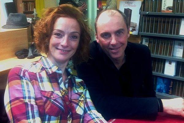 """Florence cassez était en compagnie d'Eric Dussart qui a co-écrit """"Rien n'emprisonne l'innocence"""""""