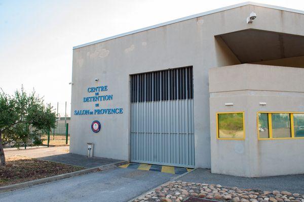 Un foyer épidémique de Covid-19 a été détecté à la prison de Salon-de-Provence dans les Bouches-du-Rhône.