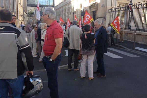 9 organisations de retraités avaient appelé leurs adhérents à manifester ce matin à Niort.