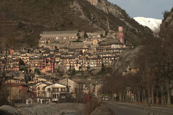 Le village de Tende, dans la vallée de la Roya.