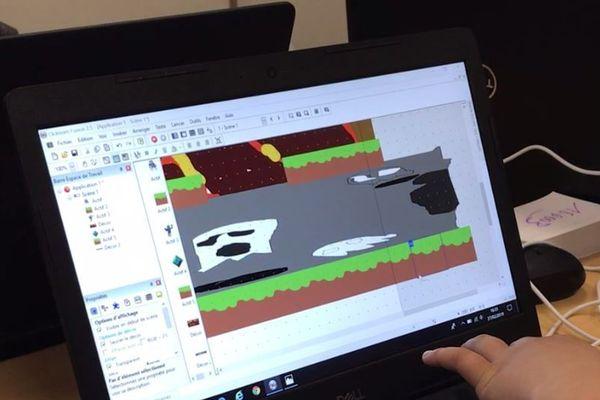 Le festival Piky propose des ateliers de création de jeu vidéo.