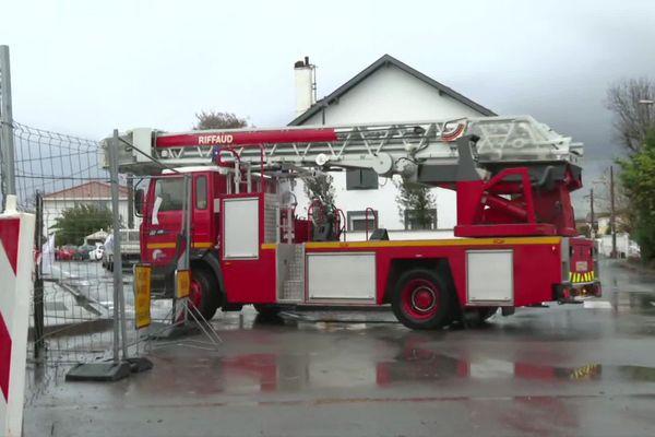 Pompiers en intervention ce dimanche matin 6 décembre à Anglet après le passage d'un fort coup de vent localisé