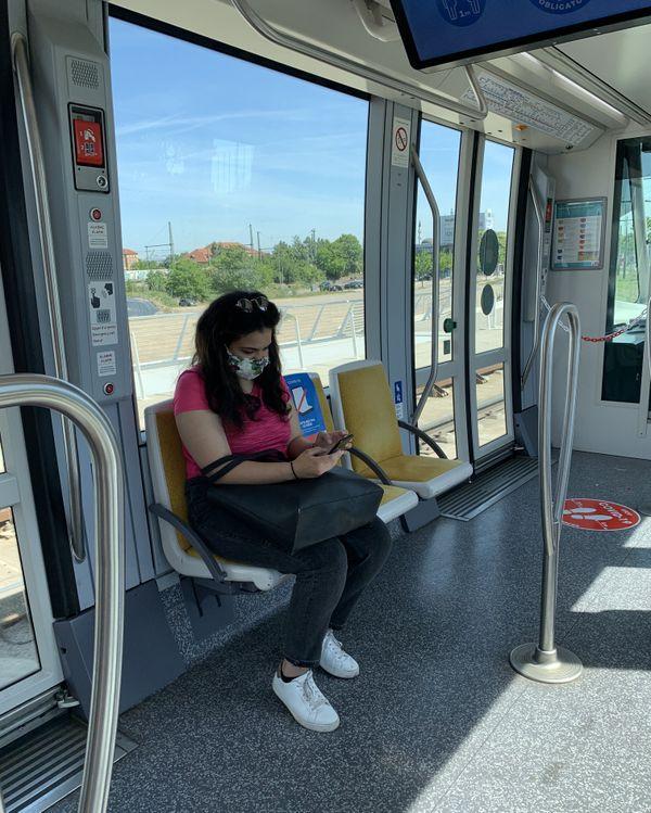Nadia Grine dans le tram D vers Kehl, n' a pas pu entrer en Allemagne, mercredi 27 mai 2020