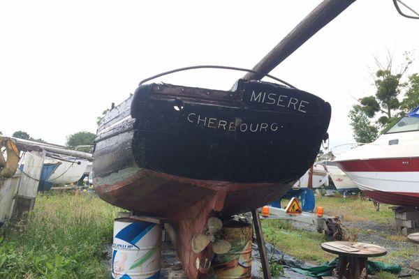 Le Pauvre misère, le bateau de Sophie Ladame au chantier nautique Pitcairn de Saint-Malo
