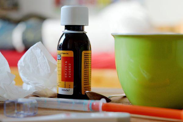 Pour les rhumes, les bronchites, la grippe, il faut aller consulter son médecin généraliste sans trop attendre.