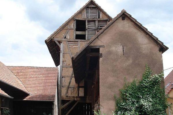 Le séchoir à tabac à Lipsheim avant d'être démonté pièce par pièce.