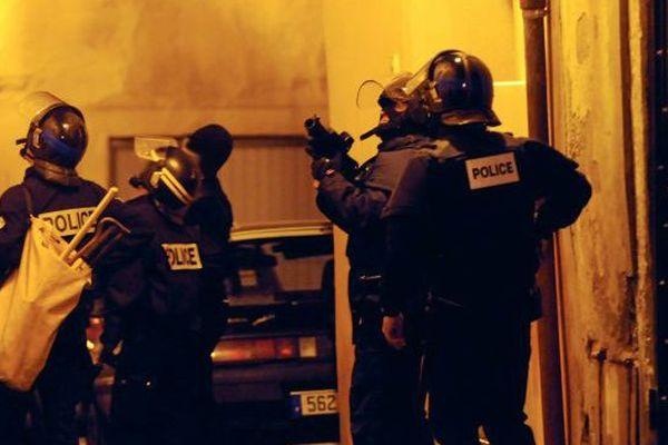 Démantèlement d'un trafic de drogue à Béziers le 12 janvier 2016