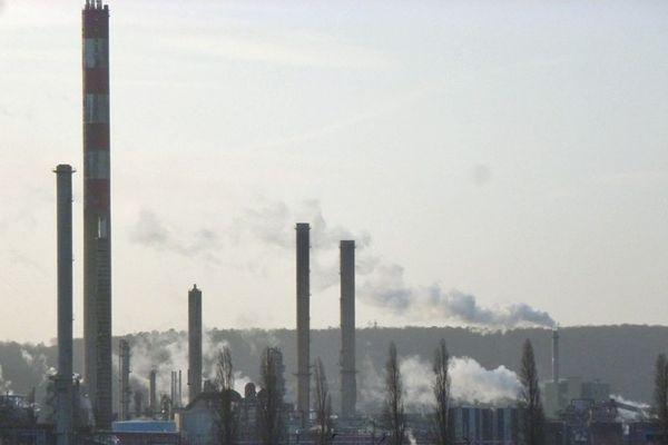 C'est la dernière ligne droite pour déposer les offres de reprise de la raffinerie Pétroplus.