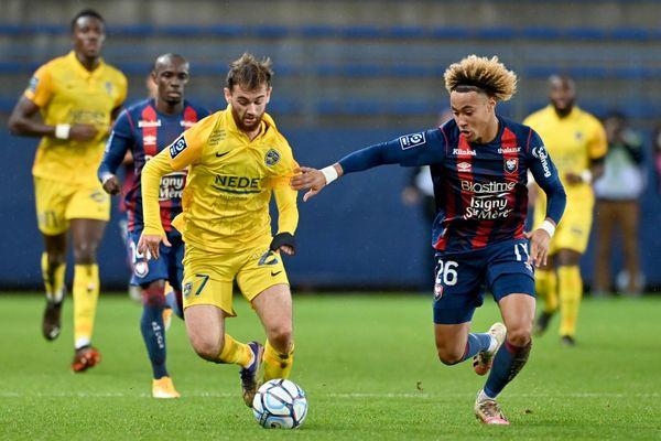 Les deux premiers buteurs de la rencontre, Bryan Soumaré et Alexis Beka Beka (ici au stade Michel-d'Ornano, ce 22 décembre).