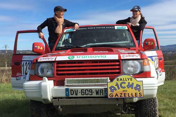 Virginie Meilleuret et Aurélie Dupont composent l'équipage 123, engagées dans le rallye Aïcha des gazelles du 16 au 31 mars au Maroc