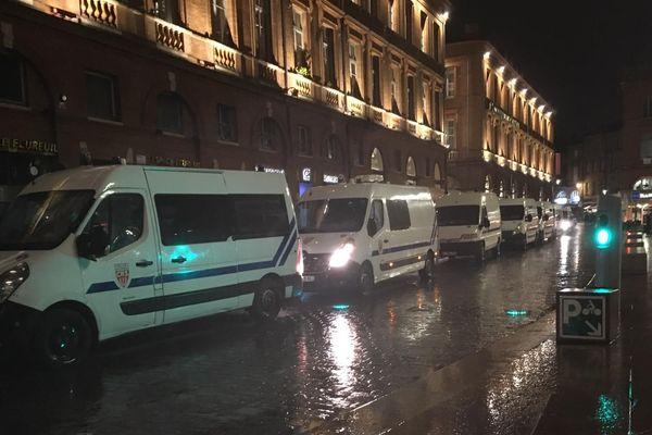 Les forces de l'ordre étaient déployées en nombre hier soir à Toulouse