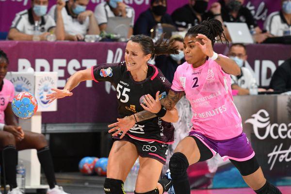 La nantaise Bruna de Paula durant le match Brest (BBH) Nantes (NAH) 37 - 33 le 15 mai 2021 en Coupe de France à Créteil