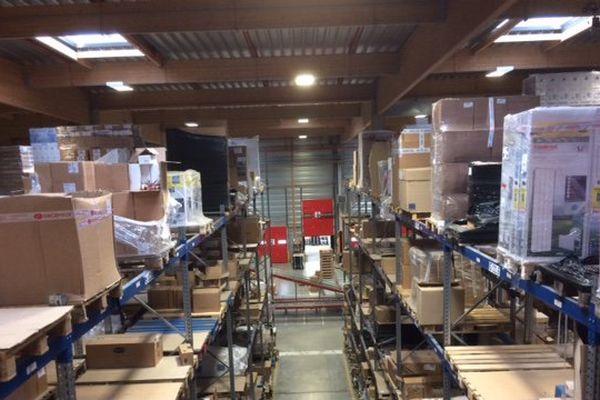 Gros plan sur une entreprise qui se porte bien : l'entreprise Sider dont le site principal se trouve à Buzançais dans l'Indre. Cette plateforme logistique livre partout en France du matériel de quincaillerie ou de plomberie.
