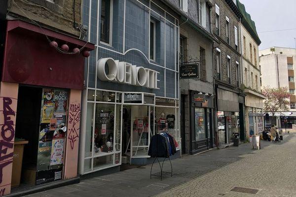 Une rue commerçante à Saint-Brieuc