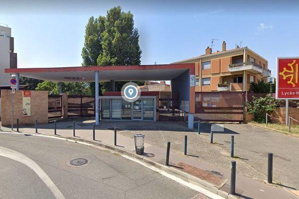 Trois élèves du lycée Hélène Boucher ont été légèrement blessés ce lundi 13 septembre 2021 lors d'une rixe devant l'établissement.