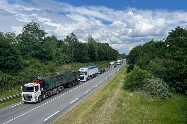 L'accident s'est produit vers 15 heures ce lundi 7 juin sur la RN 520