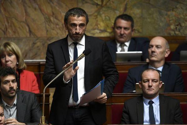 """Ce mardi 1er octobre, le député Paul-André Colombani a interpellé le Premier ministre sur la """"dérive mafieuse en Corse"""" à l'Assemblée nationale."""