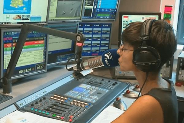 Radio Vinci Autoroutes émet partout en France sur la fréquence 107.7, à toute heure du jour et de la nuit.