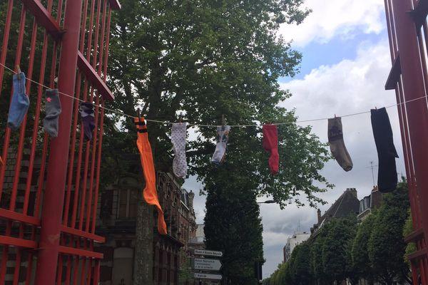 La collecte s'est déroulée devant le parc Jean-Baptiste Lebas, à Lille.