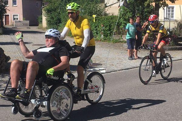 Iron2men: 90 kilomètres à vélo...dur, dur dans les côtes