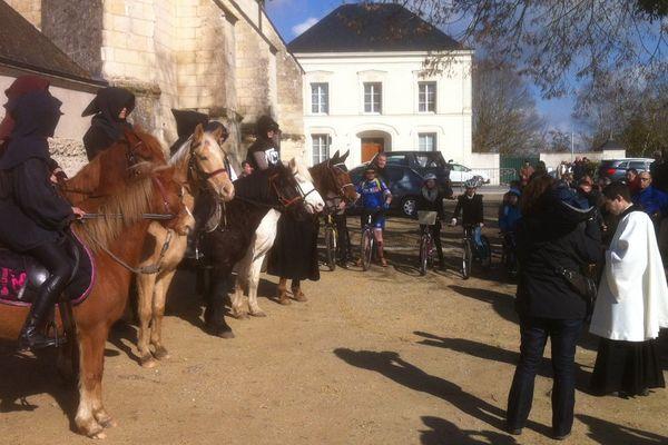 Le rendez-vous était donné à 10h30 à l'église Saint-Gilles de l'Ile Bouchard, le dimanche 6 mars 2016.