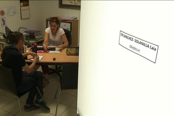 Depuis 2015, Laia Sanchez exerce seule dans ce cabinet médical de Tuchan.