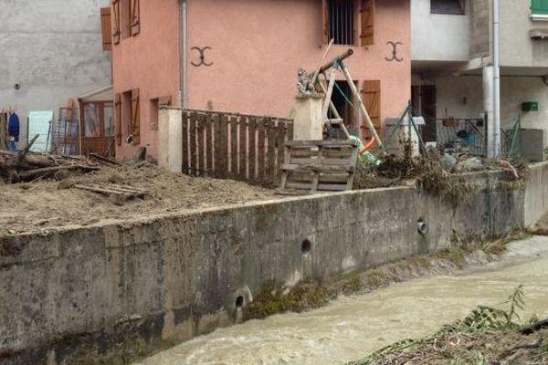 Le Nant d'Orsan, au pied des habitations.