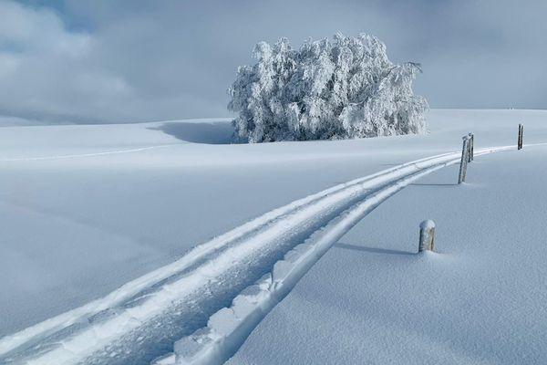 La station de ski de Brameloup dans l'Aveyron, un décor de rêve pour débuter l'année 2021