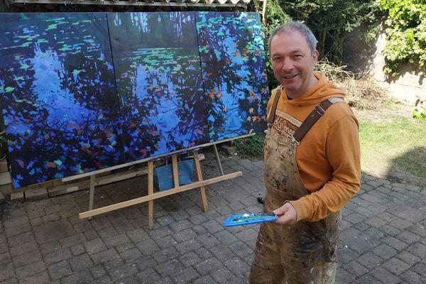 Pendant le confinement, Christophe a quitté son atelier. Il peint dans sa cave ou dans sa cour