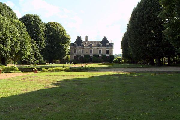 Les deux hectares de la propriété familiale à La Coquille regorgent de tilleuls centenaires