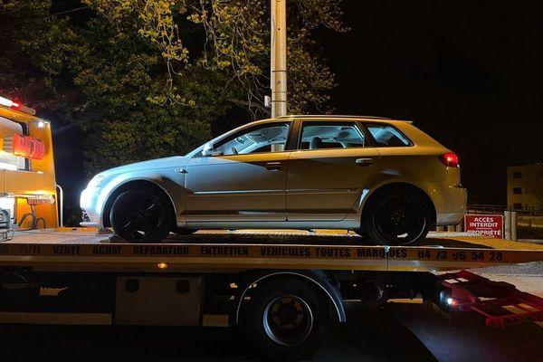 Le véhicule du jeune contrevenant a immédiatement été immobilisé à Issoire, dans le Puy-de-Dôme.