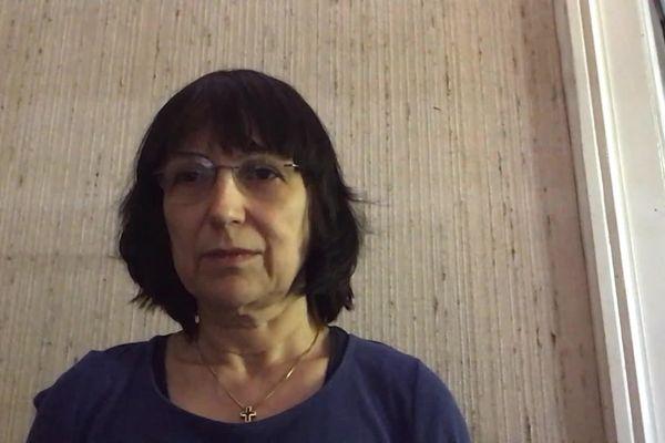 Cela fait des mois que Claire Loupiac redoute cette date du 23 avril. L' épouse du docteur urgentiste Eric Loupiac, décédé du Covid il y a un an, attend toujours des explications et demande des comptes. Une plainte a été déposée contre X, pour homicide involontaire.