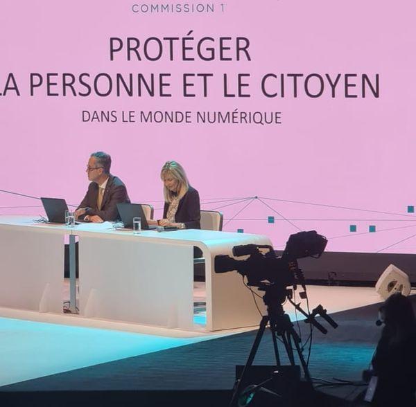 Le 117econgrès des notaires de France a lieu sur trois jours. Le numérique est au coeur de leurs échanges.