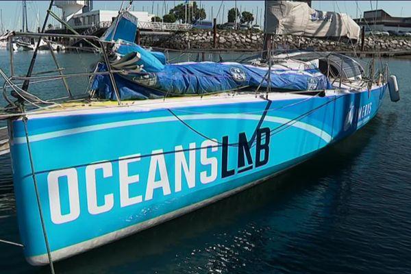 L'Oceans Lab de Phil Sharp, présent au Grand Pavois de La Rochelle, est équipé d'un moteur à hydrogène.