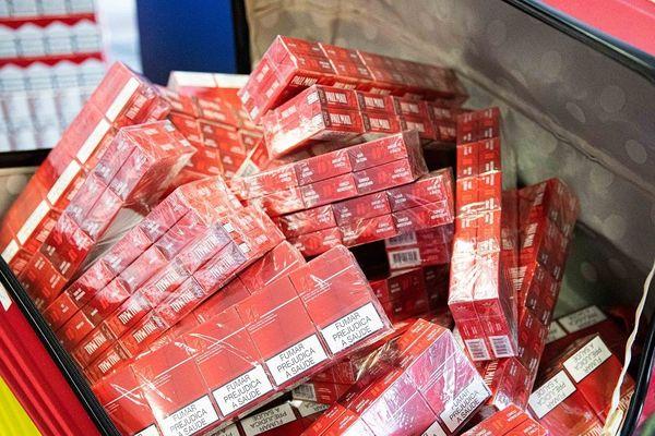Plus de 630 cartouches de cigarettes ont été saisies ces derniers jours à l'aéroport de Toulouse-Blagnac