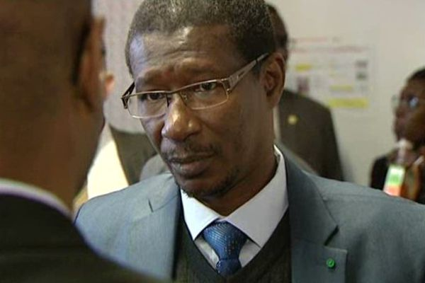 Le Ministre de l'enseignement supérieur et de la recherche du Sénégal est venu à Dijon avec sa délégation, dans le cadre d'une mission confiée par l'Agence Française du Développement à l'Insitutut Agronomique, Vétérinaire et Forestier. A savoir, l'aide à la mise en place et l'accompagnement à long terme d'un réseau d'Instituts Supérieur d'Enseignement Professionnel au Sénégal.