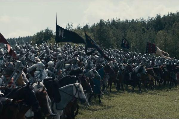 """La chevalerie française reconstituée pour le film """"Le Roi""""."""