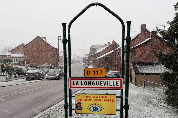 La Longueville près de Bavay dans l'Avesnois recouverte d'une fine couche neigeuse